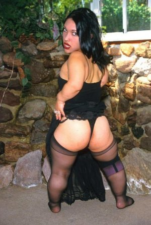 Shainesse latina escorts in Newport